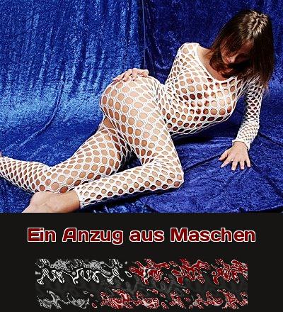 Eine Liebhaberin von Fetisch-Anzügen will beim Telefonsex über ihre Leidenschaft plaudern.