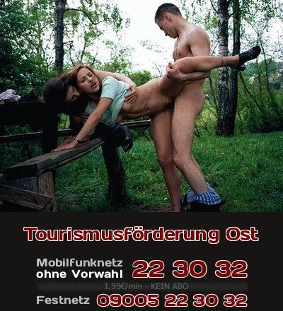 Sozialtourismus von West nach Ost: Soziale Bedürfnisse, wie körperliche Nähe, pflegt man mit Hingabe auf Parkplätzen in Osteuropa.